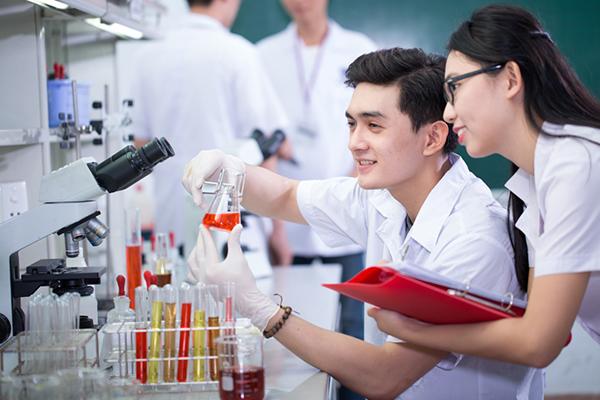 Định hướng nghề dược cho sinh viên